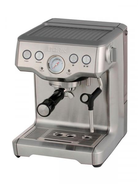 Кофеварка эспрессо Bork c803
