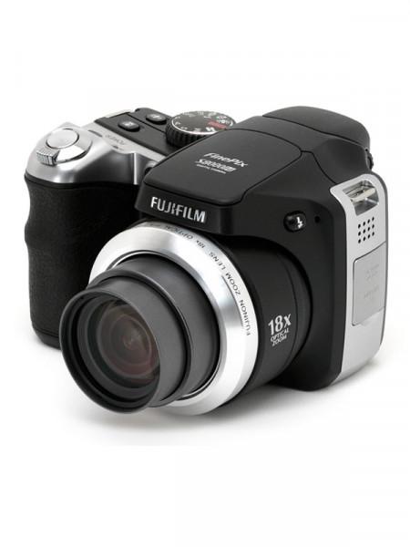 Фотоапарат цифровий Fujifilm finepix s8000 fd