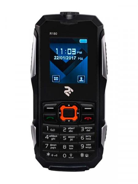 Мобільний телефон Twoe r180