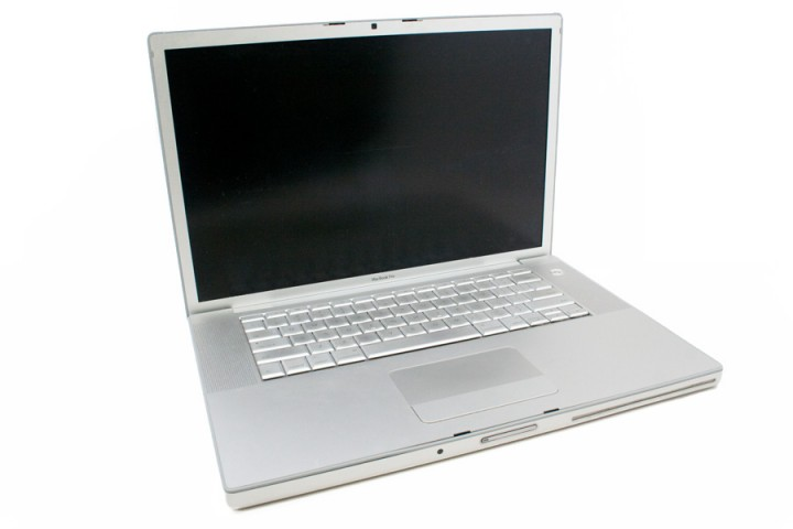 "Ноутбук екран 15,4"" Apple Macbook Pro core 2 duo 2,4ghz/ ram2gb/ hdd200gb/video gf8600m gt/ dvdrw a1260"