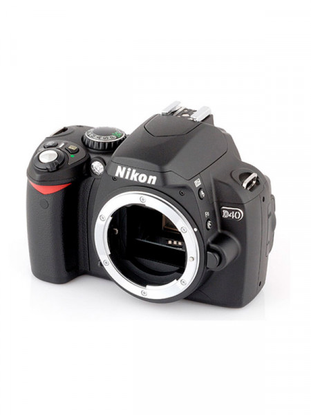 Фотоаппарат цифровой Nikon d40 без объектива