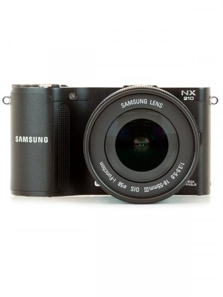 Фотоапарат цифровий Samsung nx 210