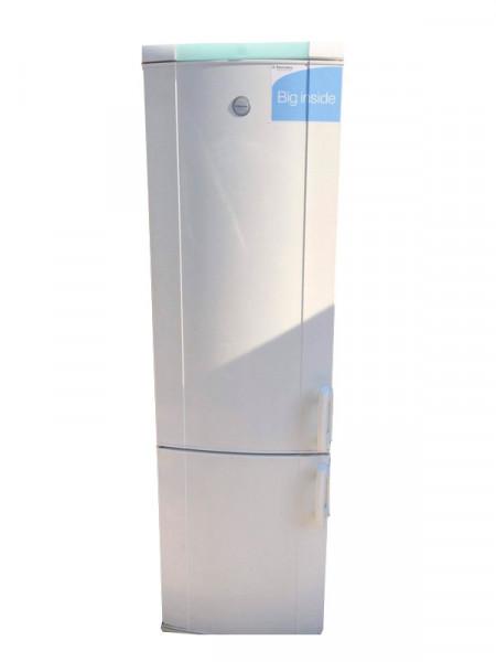 Холодильник Electrolux big inside