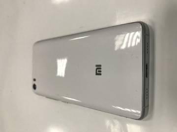 03-888-07694: Xiaomi mi-5 standard 3/32gb